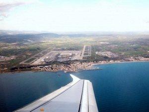 Flughafen Palma de Mallorca Foto: Manfred Walker  / pixelio.de