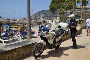 neue Touristenpolizei im Einsatz auf Mallorca Foto:  Michels