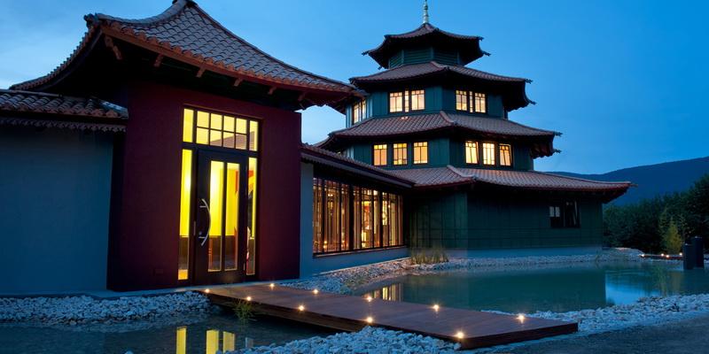 birkenhof_pagode_bei_nacht