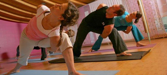 spirit yoga studios in berlin von patricia thielemann kapell toureal reisemagazin. Black Bedroom Furniture Sets. Home Design Ideas