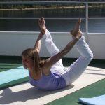Yoga-Stunde auf der MS Brombachsee